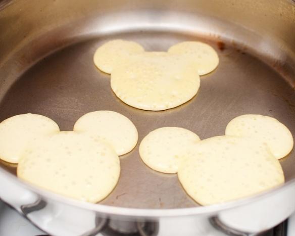 Mousie pancakes