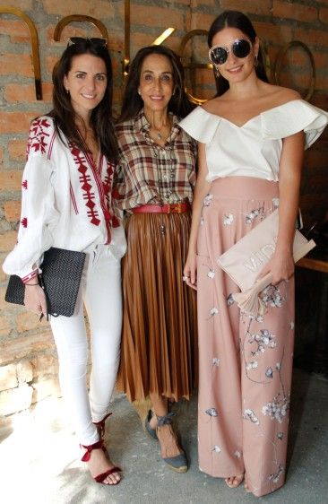 Kelly Talamas, Pilar Castaño y Taliana Vargas. Foto Cámara Lúcida.