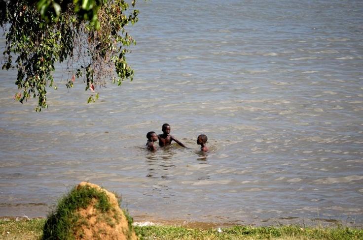 Уганда: Бот Сад