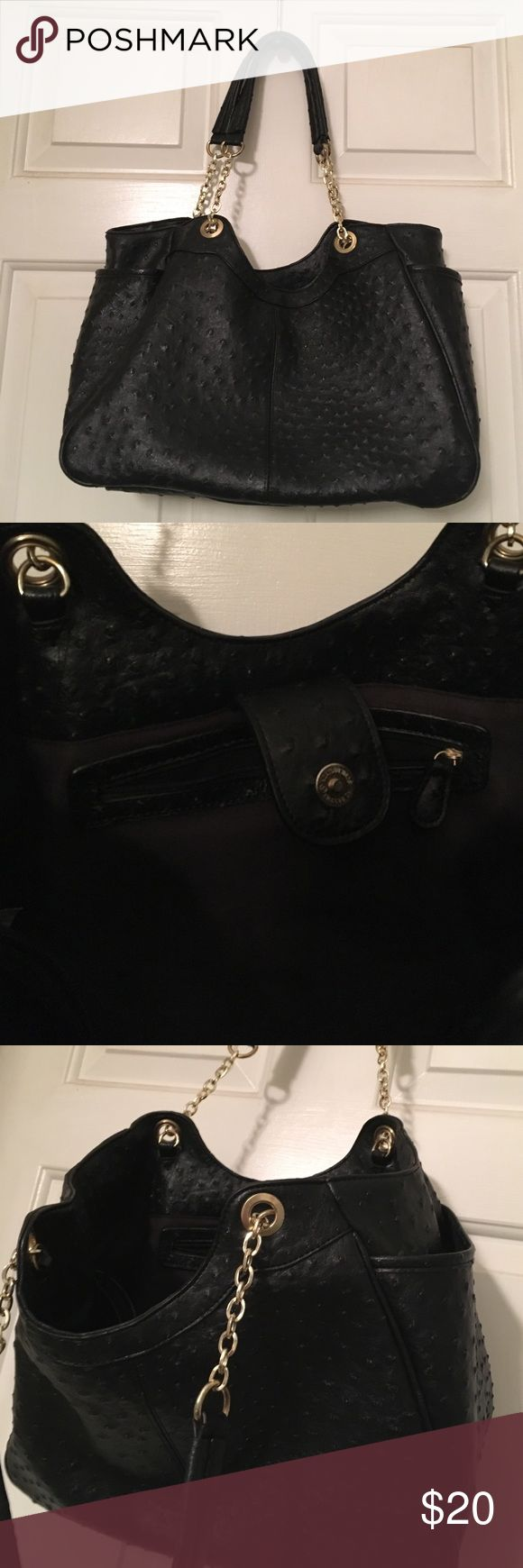 Faux Leather Ostrich Pattern Bag With Gold This is in great shape. I don't know the brand. It is a medium sized bag with three separate compartments inside. 14 x 10. Thanks for looking! unknown Bags Shoulder Bags
