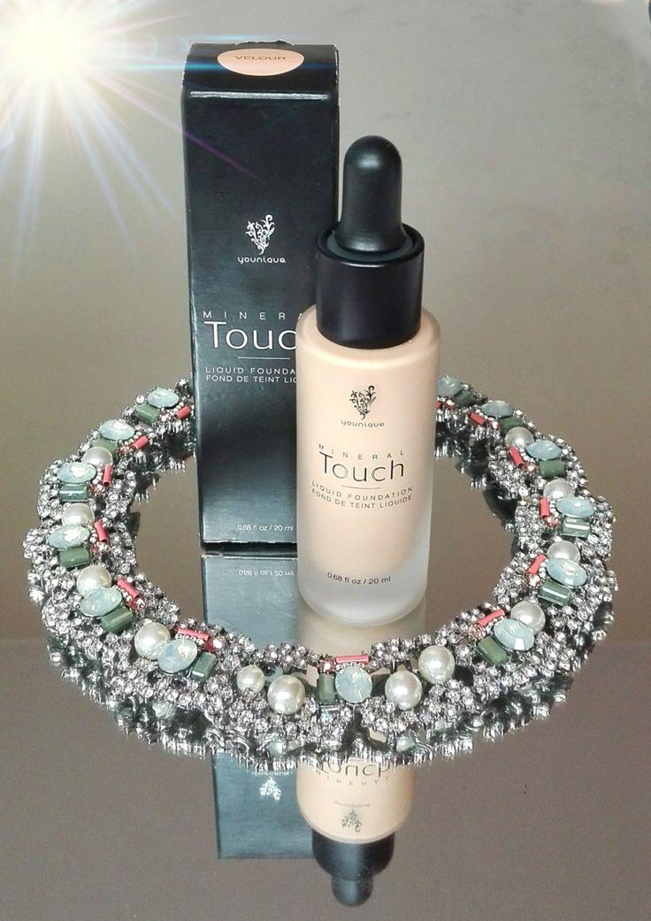 Maquíllate en mi mundo: A examen: Base líquida de maquillaje Touch Mineral, de Younique