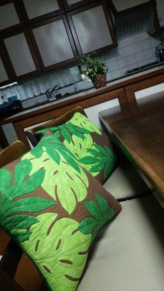 leaf #leafmotif #homedecor #pillow