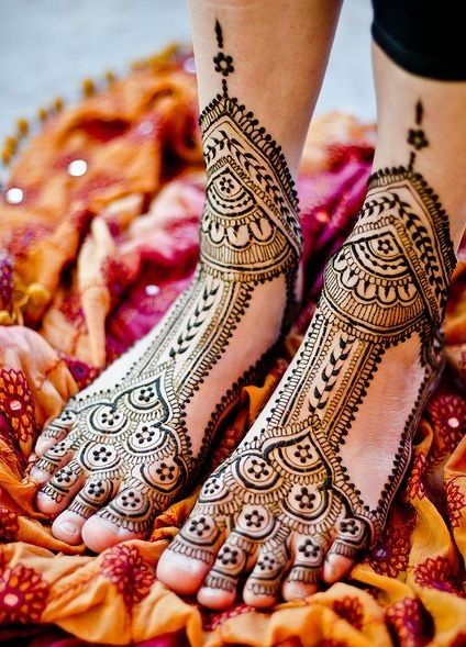 Bridal Feet Mehndi henna design