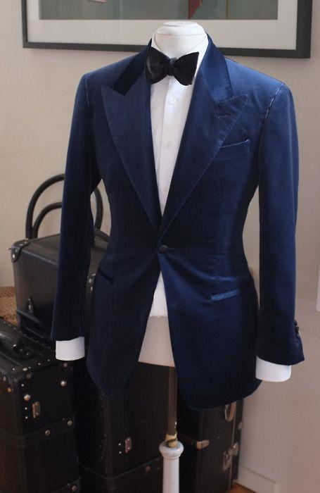 I really really like the blazer, just wish it had notch lapels instead of peak lapels.