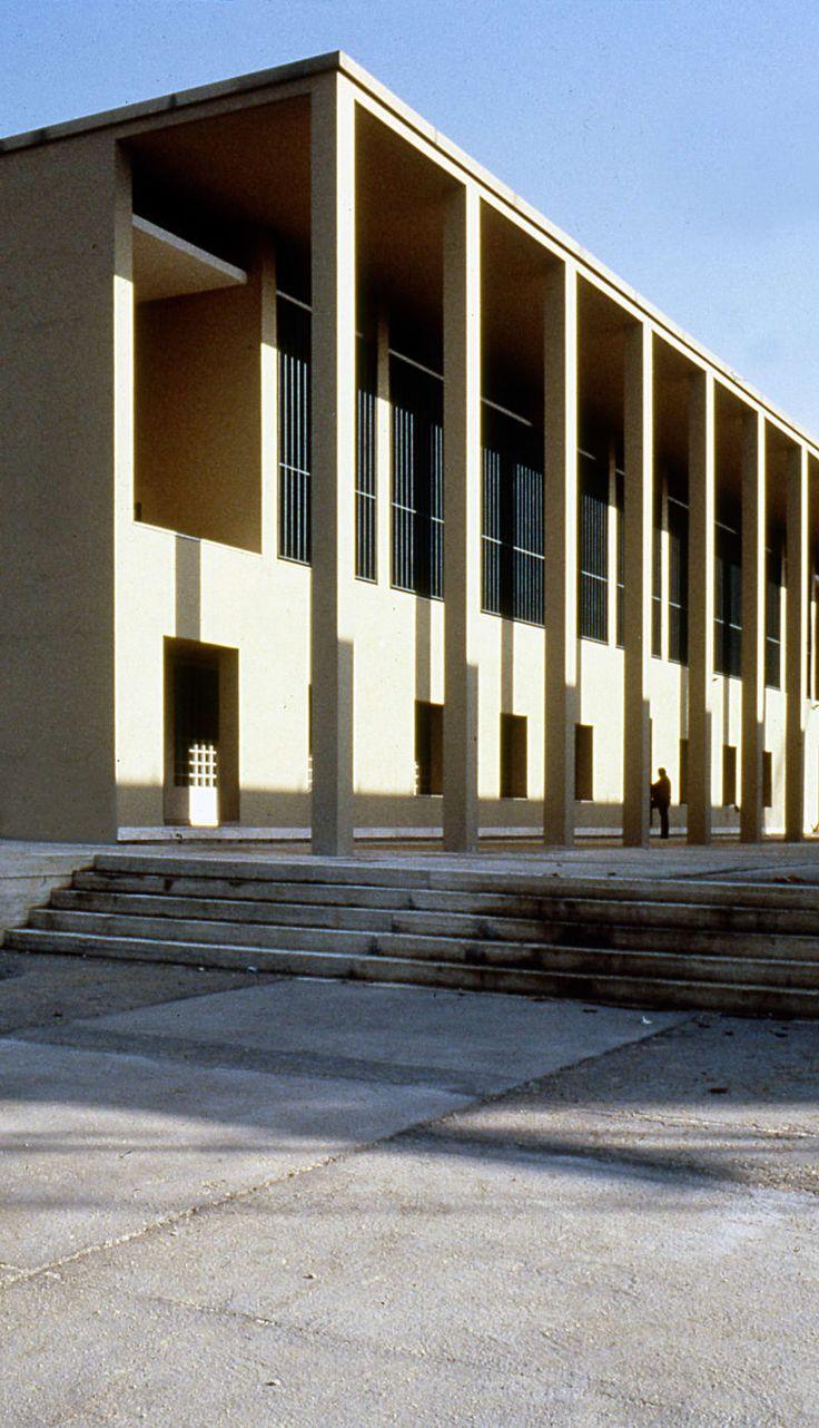 Giorgio Grassi · Casa dello studente a Chieti