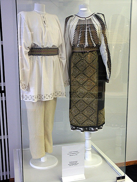 XIX-th century Traditional Romanian Folk Costumes from Muntenia, Muscel area, Arges county.