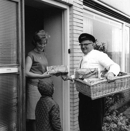U t r e c h t, 1960-69: dagelijks leven : Foto-expositie Utrecht in de jaren 60, v/a 16 okt 2010 » Actualiteit » Stamboom Forum - het sociale netwerk voor genealogen en archieven