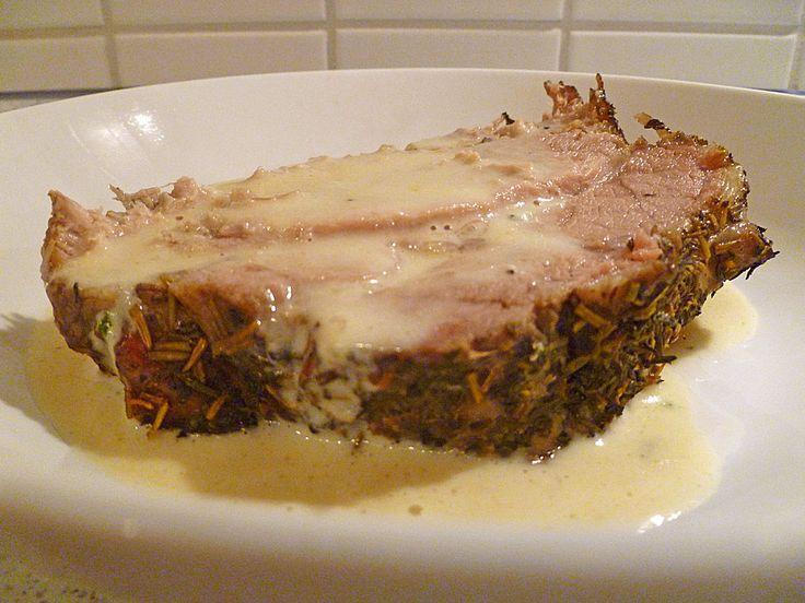 Köstlicher Kräuterbraten mit Sahnesauce, ein raffiniertes Rezept aus der Kategorie Schmoren. Bewertungen: 7. Durchschnitt: Ø 4,3.