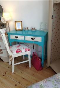 Skylar-Belle Autentico Bright Turquoise Hall Table