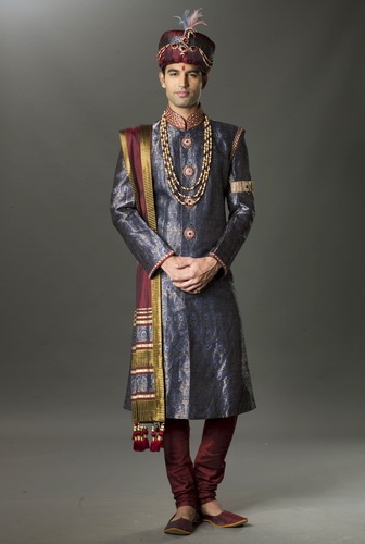Indian Groom  www.weddingsonline.in