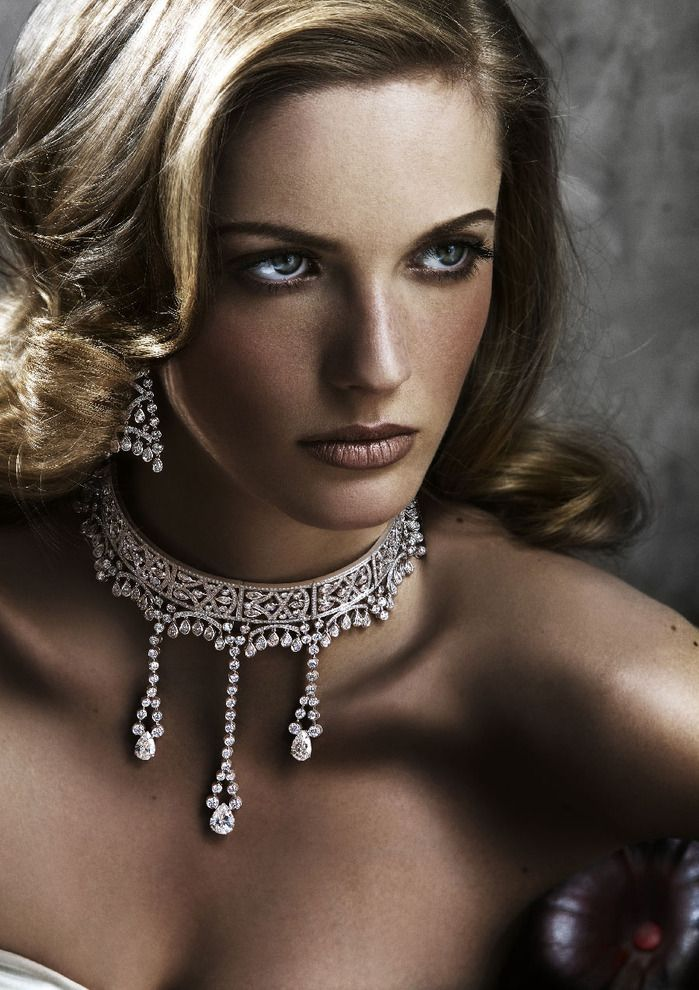 Corset themed necklace from the front by Piaget