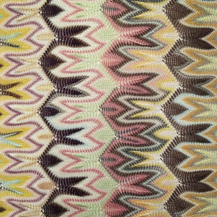 Missoni knit covered mirror frame @fashiontextilemuseum so great to see these fabrics and techniques close up and such an unusual way to make mirrors so effective! Stunning colours too. #exhibition #knitwear #colour #pattern #missoni #interiors #mirrors #frame #knittersofinstagram #fashiontextilemuseum #multicoloured #research #inspiration #trend #italianfashion #textiles by sophiestellerstudio