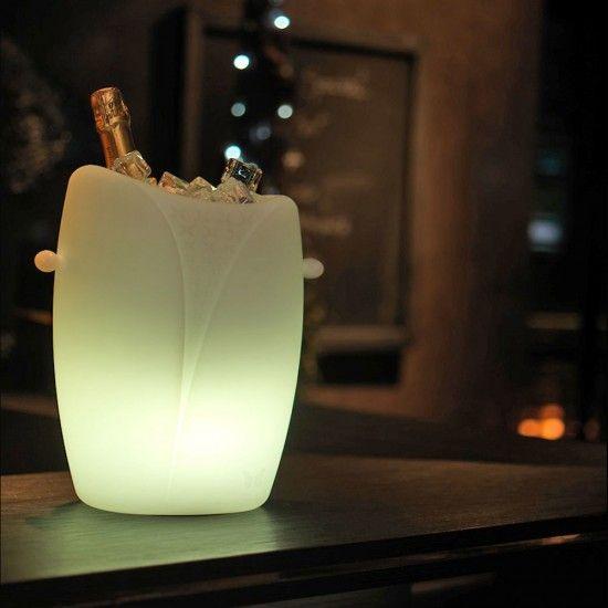 Plus de 1000 id es propos de seau champagne porte bouteilles sur pinterest - Seaux a champagne lumineux ...