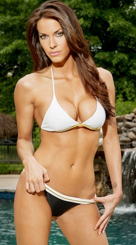 Amanda Salinas Nude Photos 73