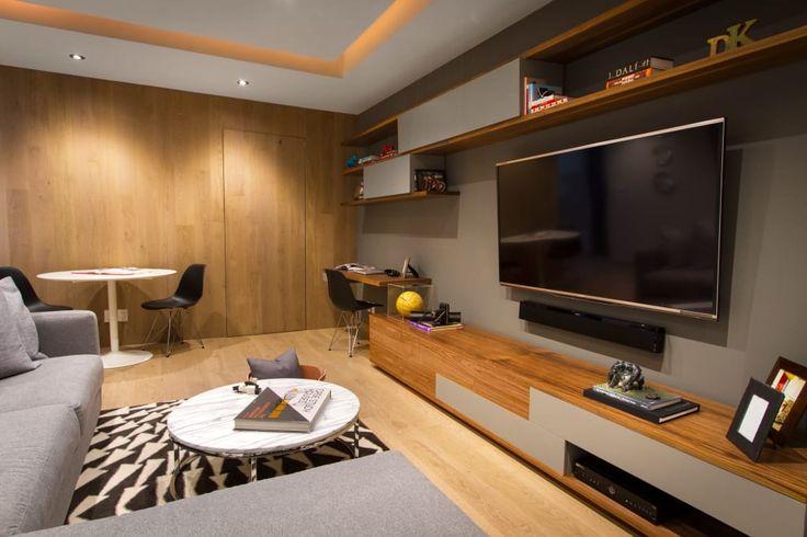 Busca imágenes de diseños de Salas multimedia estilo moderno: Departamento DG. Encuentra las mejores fotos para inspirarte y y crear el hogar de tus sueños.