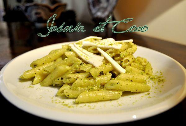 Penne Pasta with Pistache pesto and cacioricotta cheese