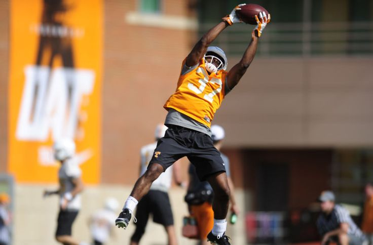 Tennessee Football: Moving past last season's disappointment