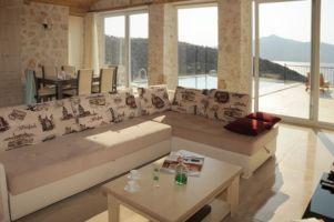 VILLA NARIN STONE, Sevimli Taş Ev.Özel Yüzme Havuzlu.Merkeze ve Sahile Yakın.5 Kişilik.2 En-suite Odalı.Klimalı.