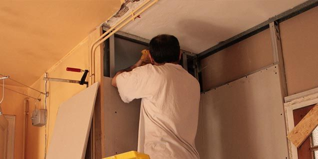 Vous êtes locataire et vous souhaitiez savoir quels travaux sont à la charge du propriétaire ? Voici la réponse !