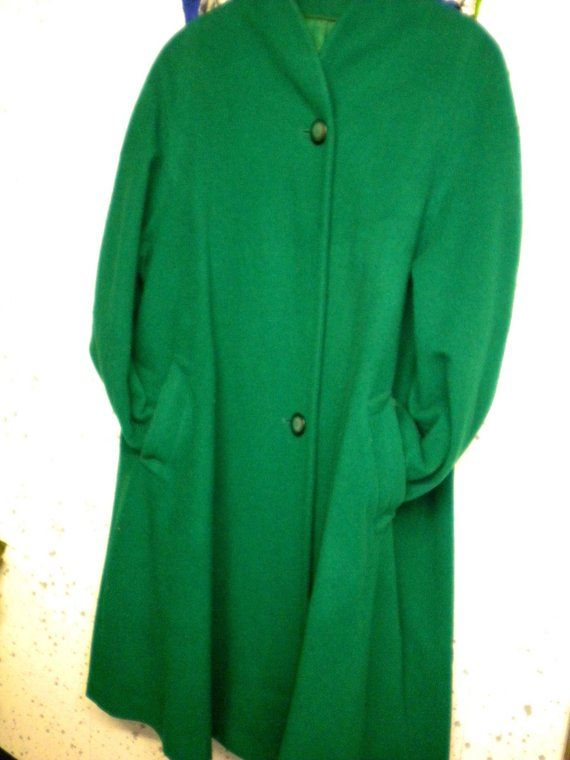 Grüner Damen Mantel, Größe 44 46, kurz, wollig, Kimono