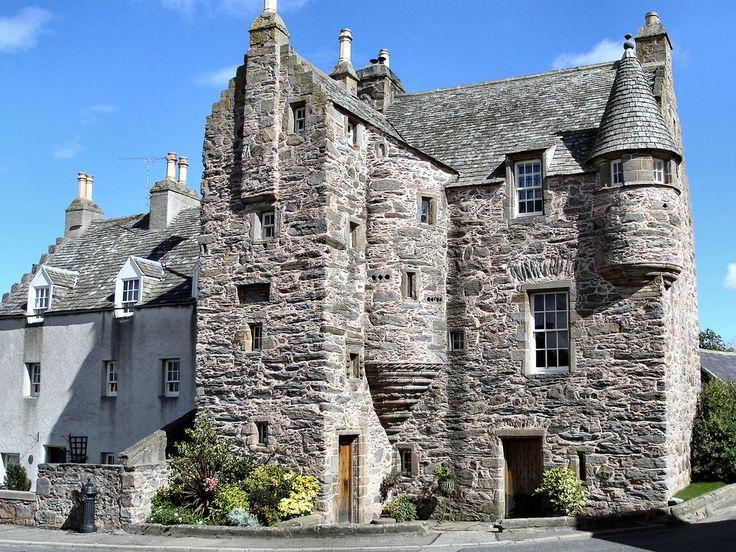 Billedresultat for amazing small castles