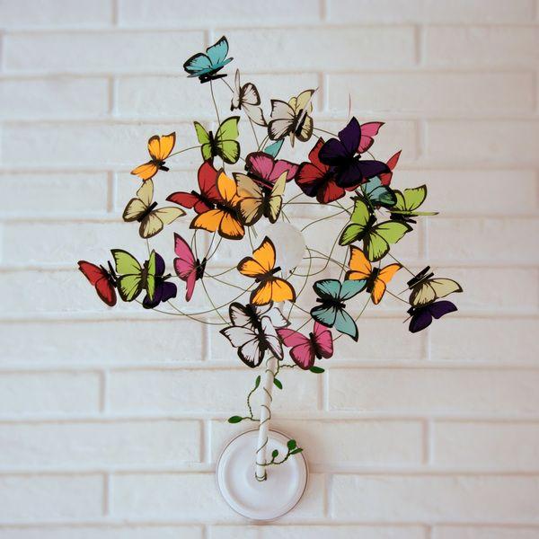 Lampara de pared con mariposas multicolores de AT LAST! Crafts por DaWanda.com
