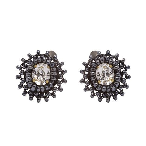 Your ears will love our Perla clip on earrings. They are carefully hand beaded on rich satin, making them extremely light.