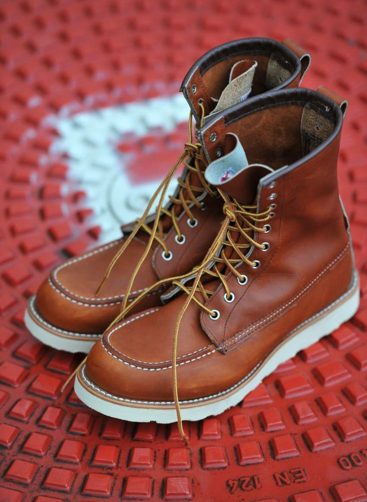 Red Wing 877 Moc Toe   #redwing #redwingshoes #redwingheritage #redwing877          sourse http://redwing1905.tumblr.com/