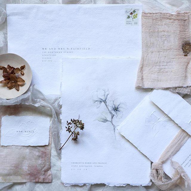 Beautiful. Love how delicate this invitation suite looks.