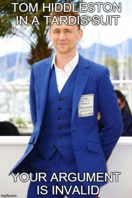 Tom Hiddleston in a tardis suit. Doctor who cloths, check; Cosplaying at Comic-con, check. If he make  Star Trek or Star Wars reference the entire internet might have a collected geek girl-gasm.