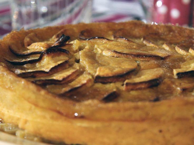 Sophie Dudemaine nous a concocté un délicieux gâteau aux pommes ! A déguster légèrement tiède...
