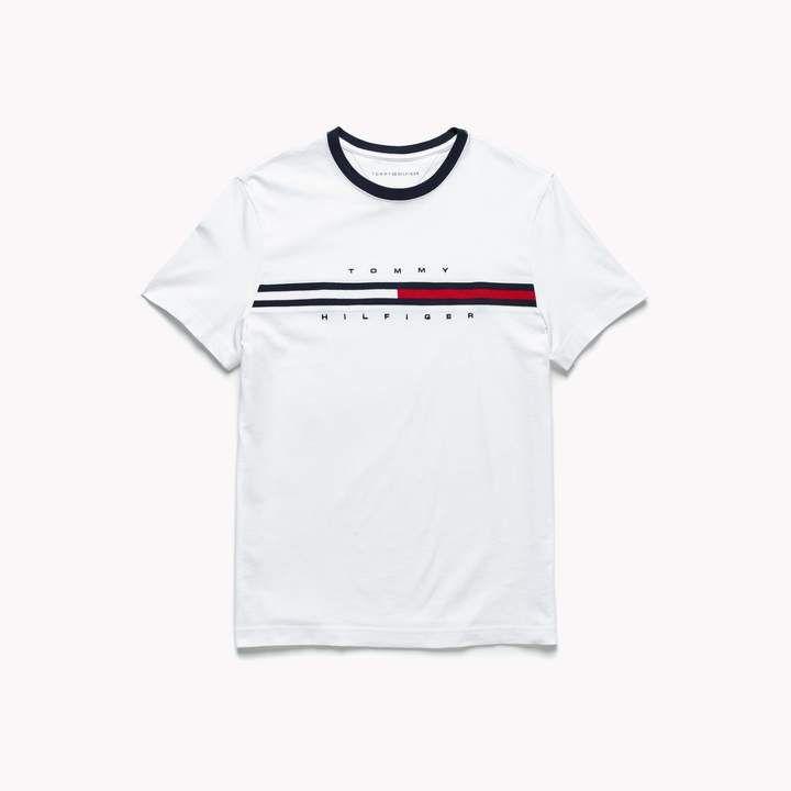 Essential Flag Logo T Shirt In 2020 Tshirt Logo Flag Logo Tommy Hilfiger
