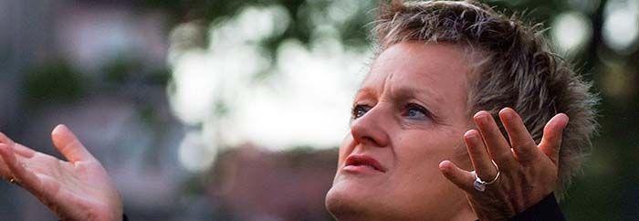 Renate Künast (Grüne) erstattet Anzeige wegen Falschmeldung auf Facebook