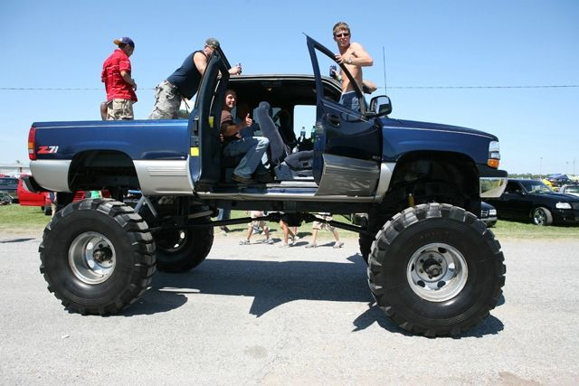 Gmc Sierra 4x4 >> Pin by GMC Sierra on Chevrolet Lifted Trucks Chevy | Pinterest | 4x4, Cars and Biggest truck