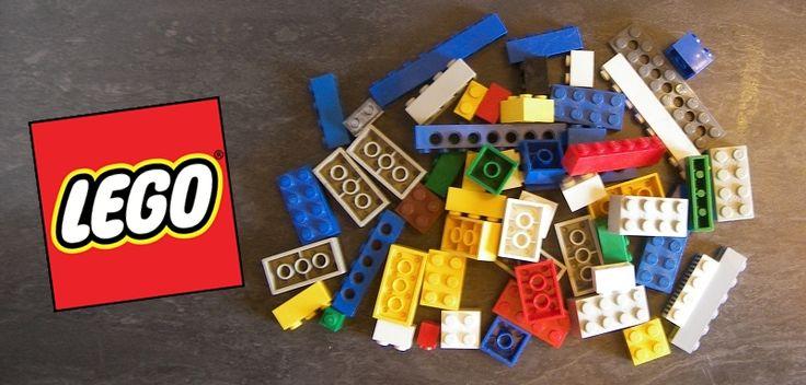 Utilisez ce jeu de LEGO pour occuper les enfants et revenir au calme ! Ce défi de LEGO peut être fait en famille ou avec un groupe d'enfants de cinq à do...