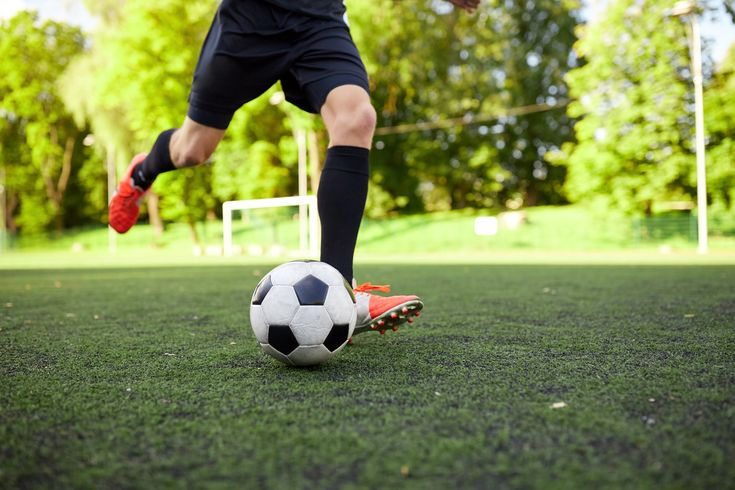 Recreational sports can be a great way for people of all ages to have fun, get exercise, and fulfill competitive urges. Of course, as is true with any physical endeavor, they also present opportunities for potential injuries. The good news is that there are often preventative measures you can take to stay safe. We have some information about preventing turf toe that can help decrease your risk.