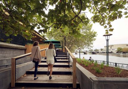 Best Melbourne cafes for a successful outing with small people.