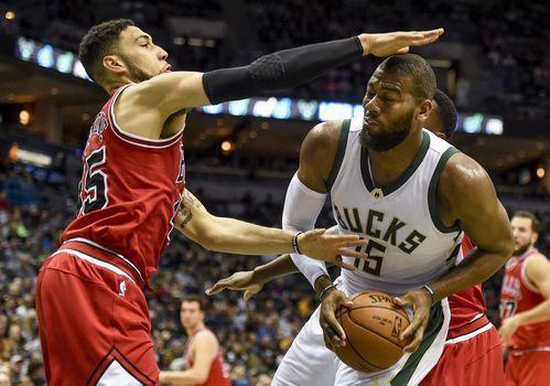 AP                  Published 5:57 p.m. ET March 26, 2017 | Updated 5 minutes ago       The Milwaukee Bucks' Greg Monroe drives for the basket against the Chicago Bulls' Denzel Valentine.(Photo: Benny Sieu, USA TODAY Sports)     MILWAUKEE (AP) — Nikola Mirotic tied a...  http://usa.swengen.com/nikola-mirotics-season-high-tying-28-points-lifts-chicago-bulls-past-milwaukee-bucks/