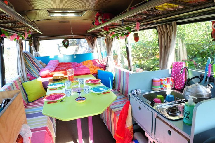 surf bus, collor full cozy, surrounded by nature, a half an hour from the North Sea beach and Amsterdam