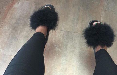 Black faux fur slides