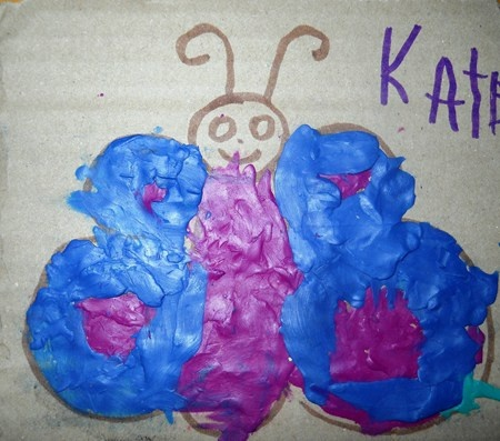Draw a butterfly and then fill it in with plasticine.
