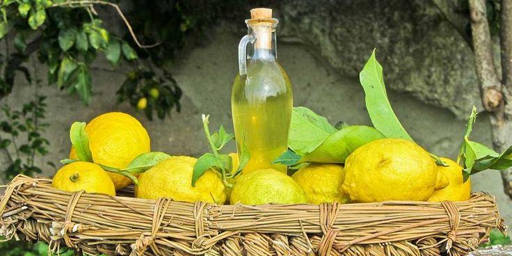 История появления лимончелло имеет множество вариантов развития