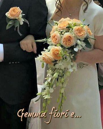 allestimenti e addobbi per matrimoni: composizioni floreali per Chiesa, Municipio e ristoranti; realizziamo bouquet, bottoniere e corsage; decorazioni per auto Sposi