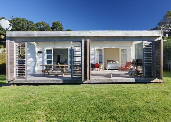 ONEROA BEACHFRONT | Be My Guest in Oneroa, Waiheke Island | Bookabach