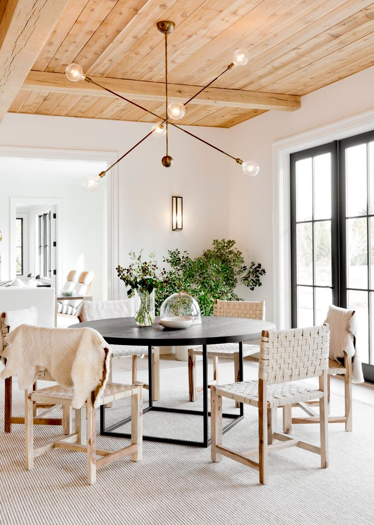 Contemporary sagaponack dining area by tamara magel photo by riki snyder