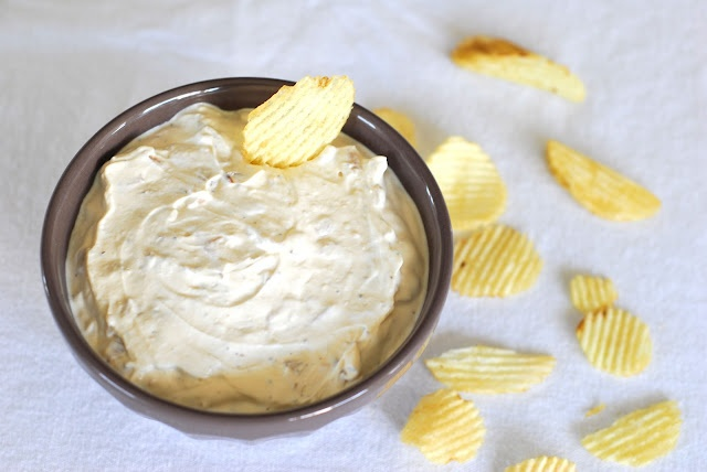 Duck's Oven: French Onion Dip. The real thing. Must try soon.