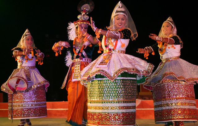 Found in Manipur. The traditional Manipuri dance style embodies delicate, lyrical and graceful movements. The aim is to make rounded movements and avoid any jerks, sharp edges or straight lines. It is this which gives Manipuri dance its undulating and soft appearance.