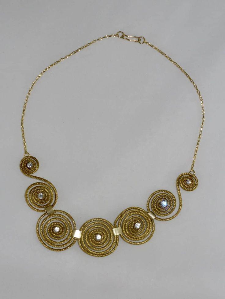Capim Dourado (Golden Grass) Spiral Choker #goldengrass #brazil #sustainablefashion #jewelry #ecofriendly #handmade #handmadejewelry #brazilian  #necklace #handcrafted