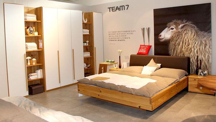 Exklusives Schlafzimmer im Team7-Studio im WEKO Küchenfachmarkt - team 7 küchen abverkauf