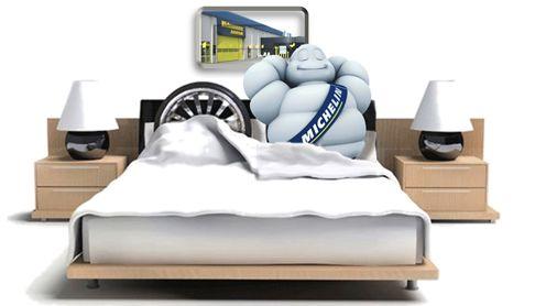 Dækhotel hos Mekonomen Autoteknik - ES Motor anbefales og bruges af fagfolk.